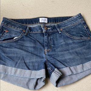 Women's Hudson cuffed jean shorts size 27.